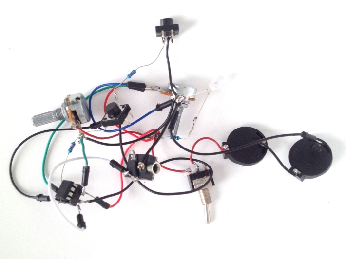 diy_electronics_beepblip_8bitmixtape_new2